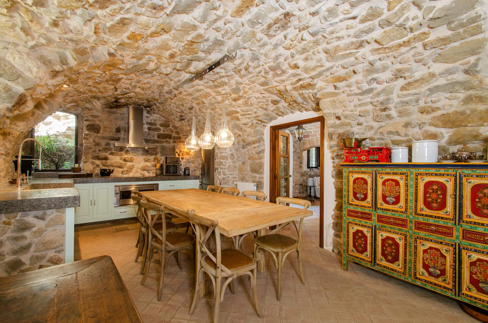 7. Villa for sale in Girona - Traditional Masia, Catalonia country house, for sale in Girona