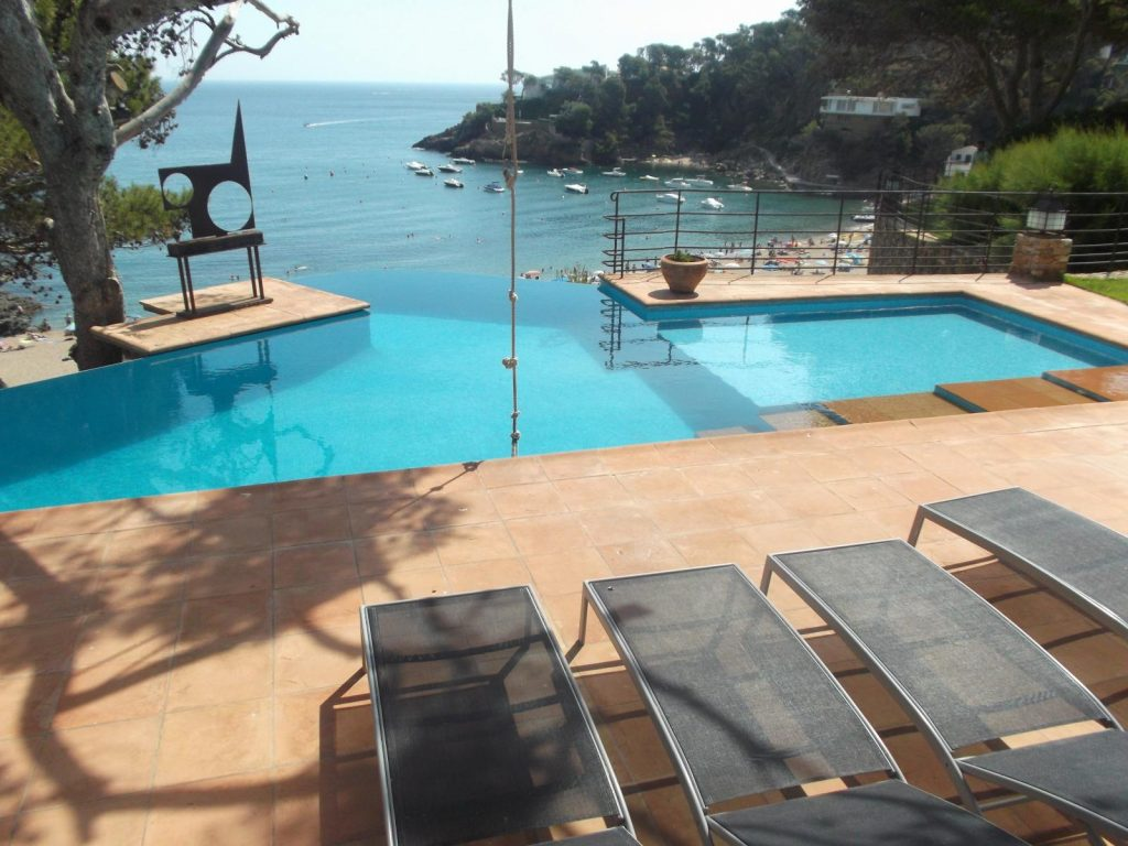 70657625 2402541 foto78197947 1024x768 - 9 luxury houses on the Costa Brava