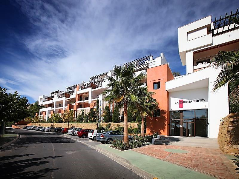 70883400 2539761 foto87038672 - Luxury for a special price at this apartment in San Pedro de Alcántara, Marbella