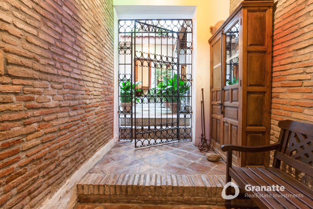 70910415 2474014 foto83077440 - Living in an architectural jewel with views of the Alhambra (Granada)