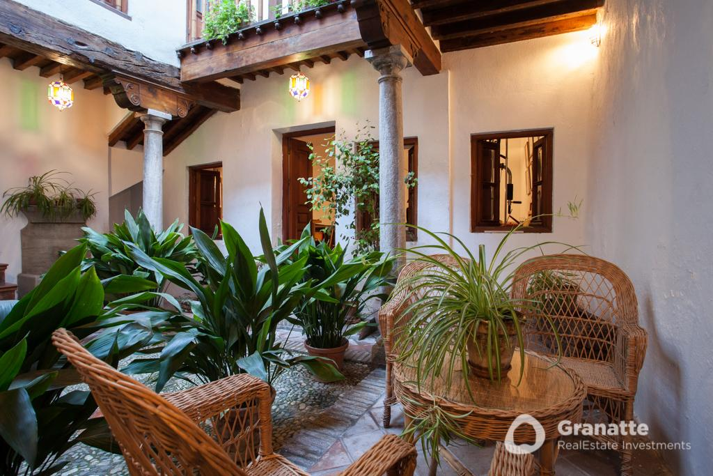 70910415 2474014 foto83077469 - Living in an architectural jewel with views of the Alhambra (Granada)