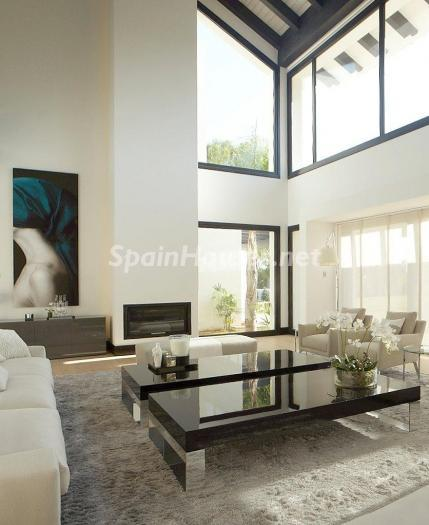 719 - Stunning Villa for Sale in Marbella, Costa del Sol