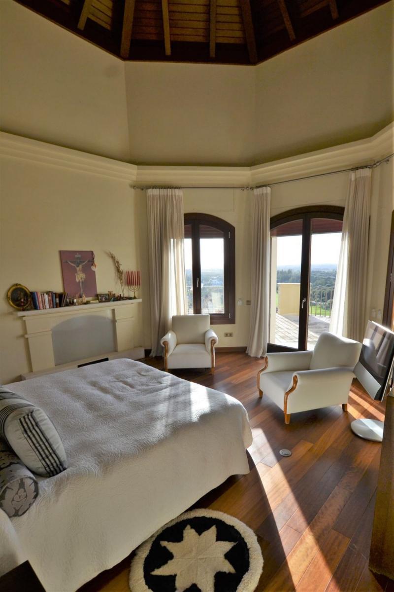 72294508 2589844 foto 500173 - Spectacular house full of elegance and luxury in Jerez de la Frontera (Cádiz)