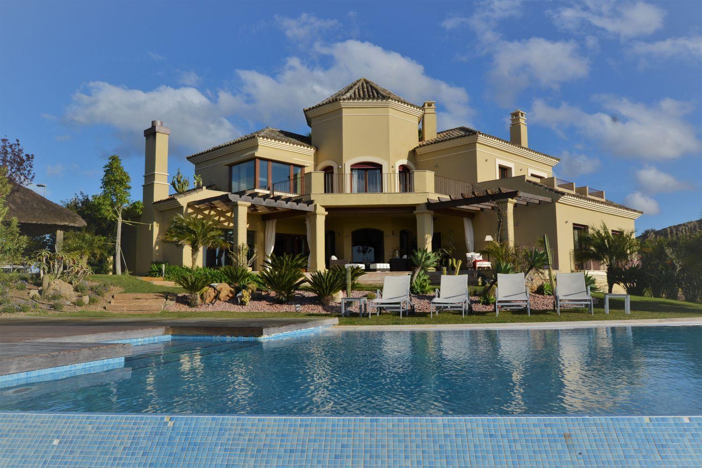 72294508 2589844 foto 871744 - Spectacular house full of elegance and luxury in Jerez de la Frontera (Cádiz)