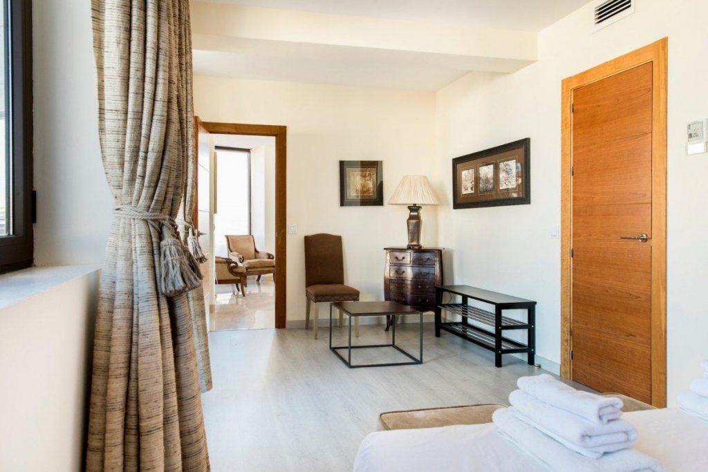 72368896 2633422 foto 768699 1024x683 - Panoramic views in the historic centre (Málaga)