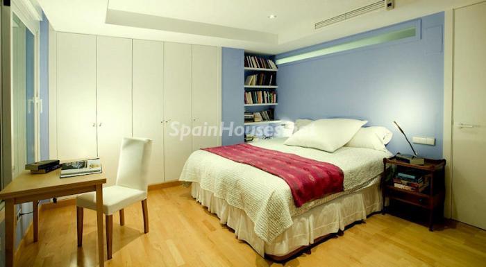 733 - Luxury Apartment for Sale in Marbella, Malaga