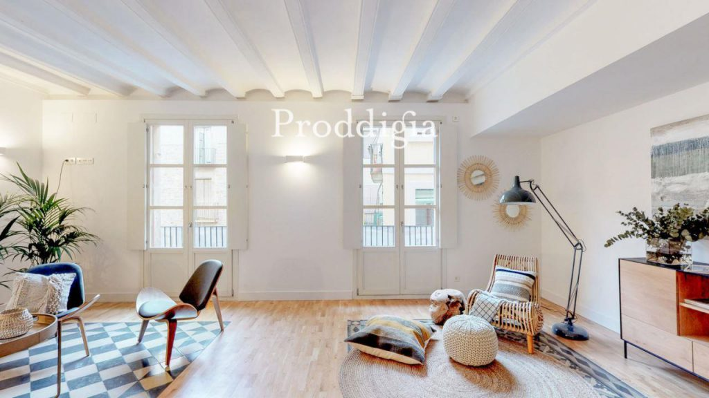 73414131 2737104 foto 277152 1024x576 - If you are a lover of the modern mid-century, your perfect apartment is in Barcelona