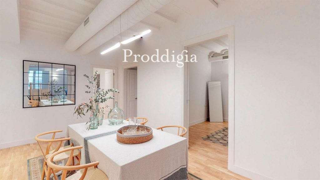 73414131 2737104 foto 307248 1024x576 - If you are a lover of the modern mid-century, your perfect apartment is in Barcelona