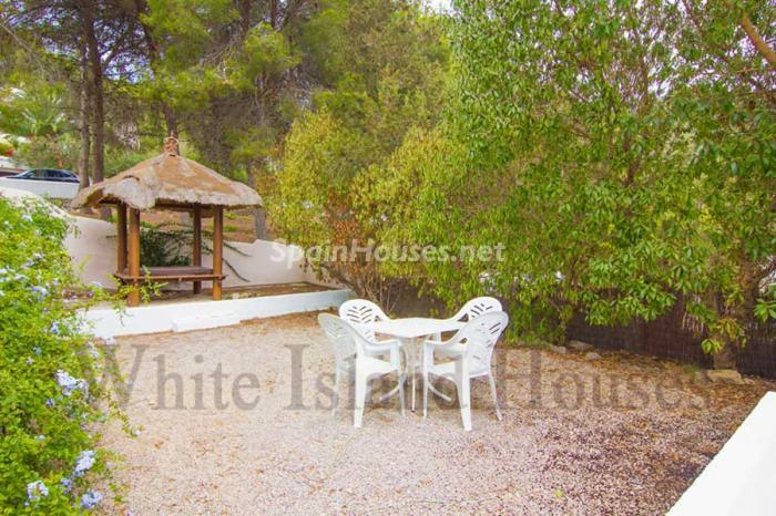752 - White and Minimalist Villa for Sale in Ibiza, Balearic Islands