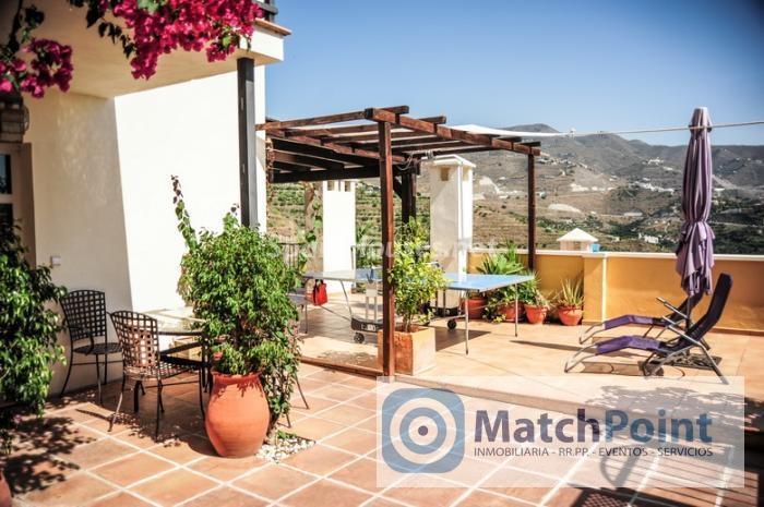 758 - Terraced chalet for sale in Almuñécar (Granada)