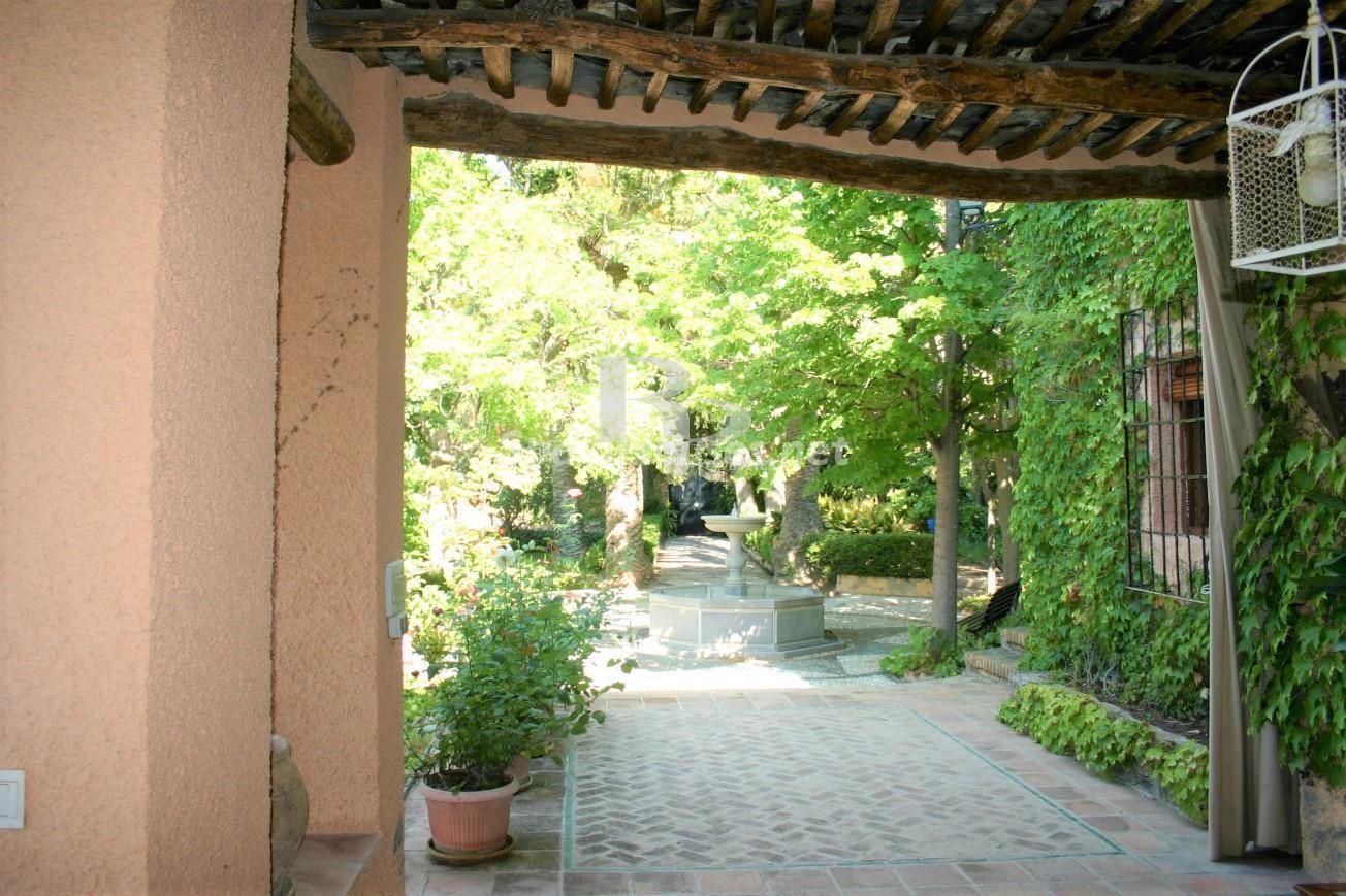 79874050 3157227 foto124480307 - An idyllic natural site in this charming Andalusian farmhouse in Órgiva, La Alpujarra, Granada
