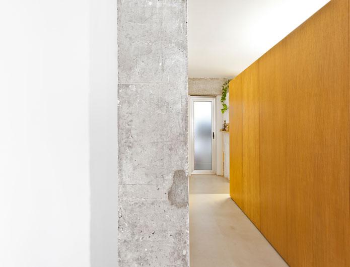 8. Apartment Refurbishment by vilaseguiarquitectos.com