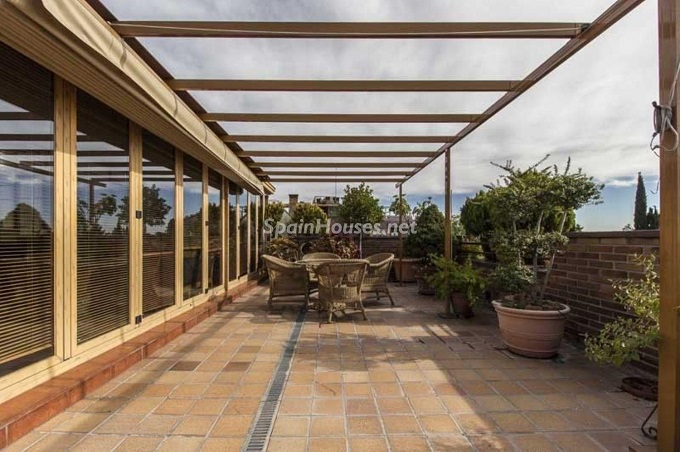 8. Apartment for sale in Madrid city - For Sale: Spacious 3 Bedroom Apartment in Madrid