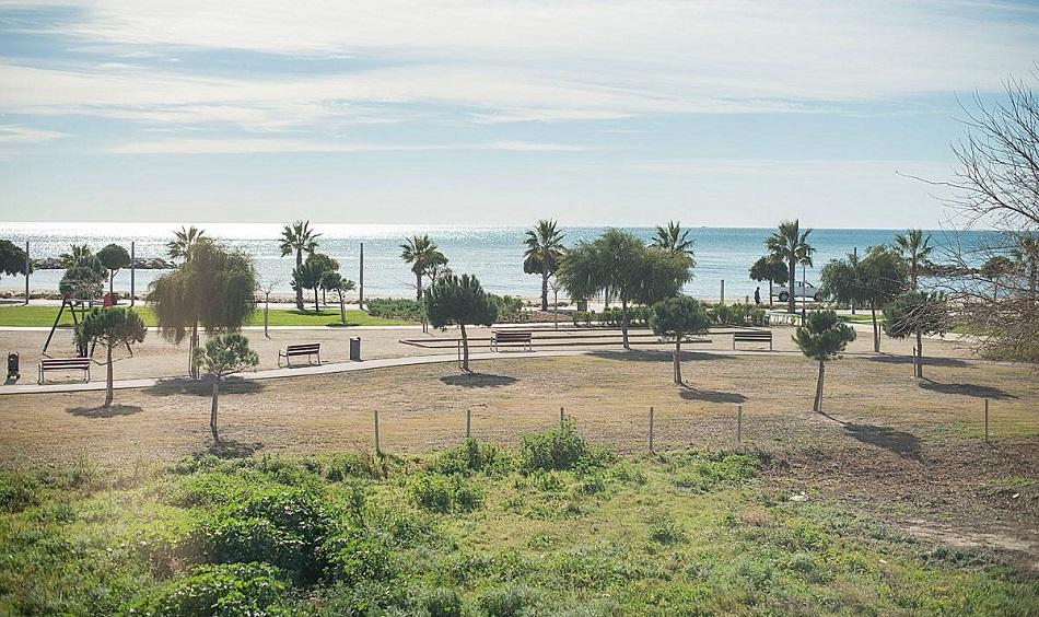 8. Beach house in Cambrils Tarragona 1 - For Sale: Beach House in Cambrils, Tarragona