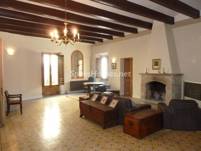 8. Detached house for sale in Cervera Lleida - For Sale: Beautiful Detached House in Cervera, Lleida