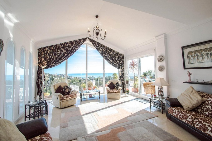 8. Detached villa for sale in Benalmádena Costa (Málaga)