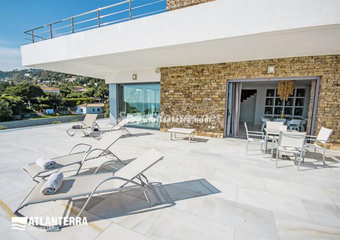 8. Detached villa for sale in Zahara de los Atunes