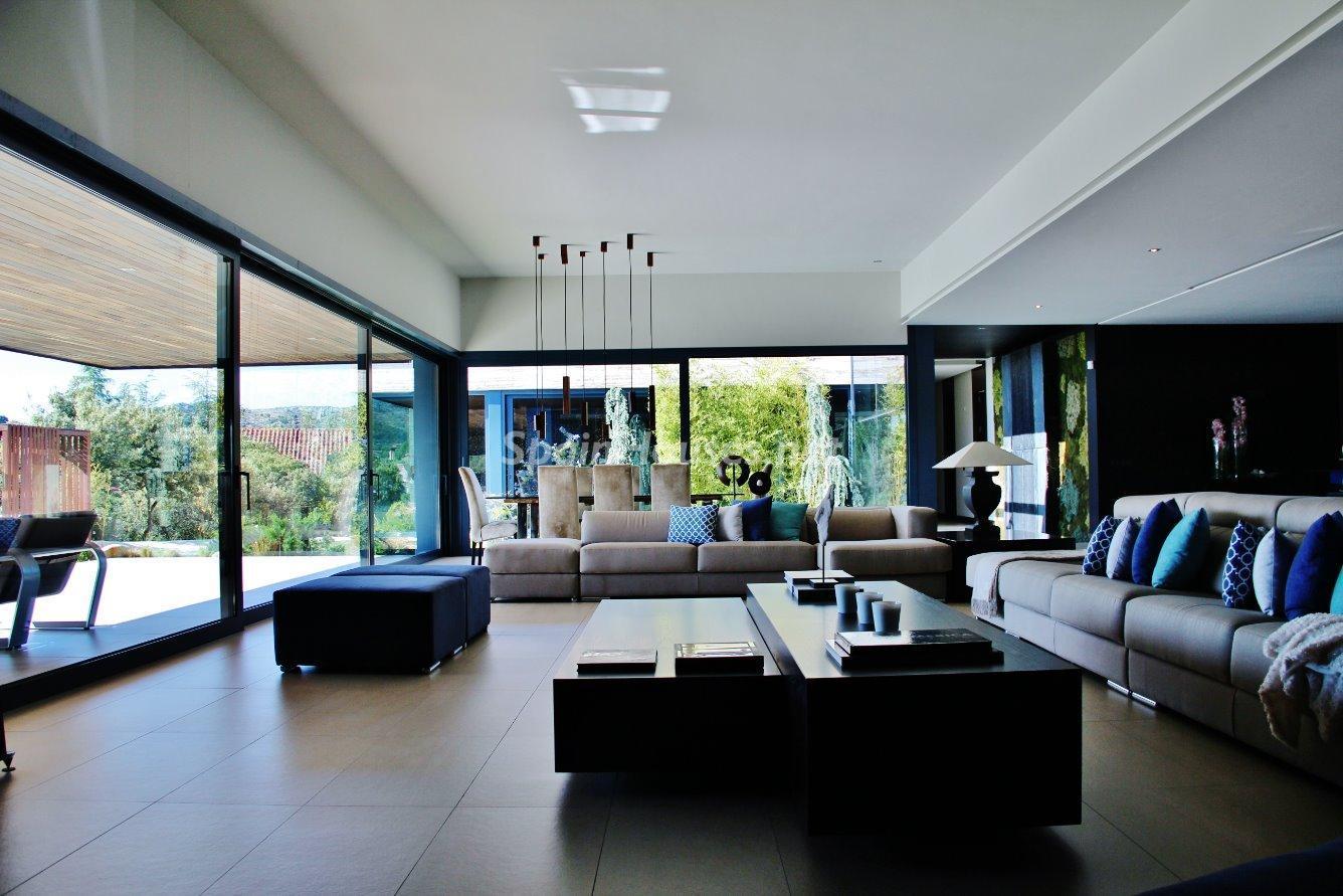 8. House for sale in Las Rozas de Madrid 1 - Luxury Villa for Sale in Las Rozas de Madrid
