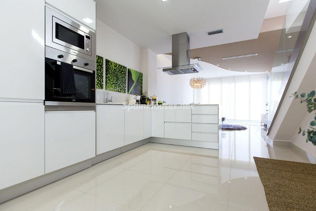 8. House for sale in Orihuela 1024x683 - Modern and stylish home for sale in Orihuela, Alicante