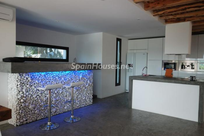 8. House for sale in Santa Eulalia del Río - For Sale: Detached Villa in Santa Eulalia del Río, Baleares