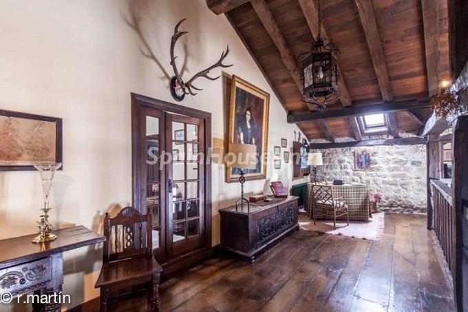 8. House in Cabuérniga Cantabria - For Sale: Rustic Stone House in Cabuérniga, Cantabria