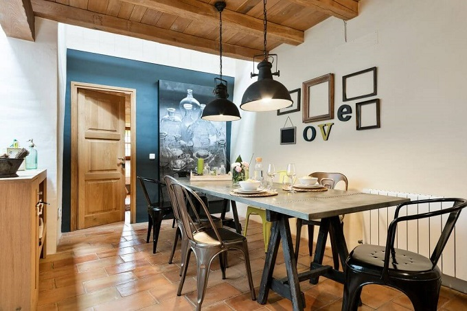 8. House in Girona by Home Deco - Stylish House in Girona designed by Home Deco
