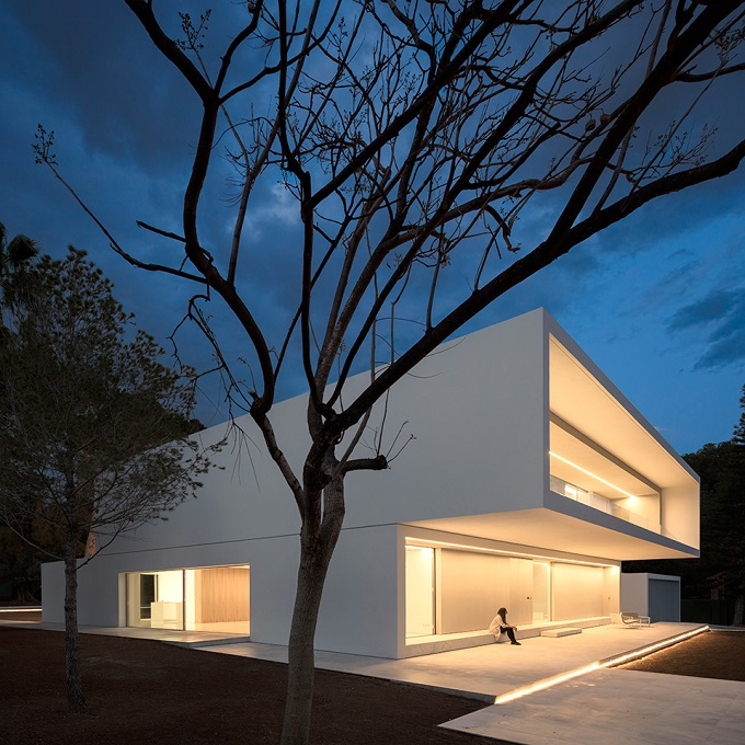8. House in Paterna by Fran Silvestre Arquitectos - Ultramodern House in Paterna, Valencia, by Fran Silvestre Arquitectos