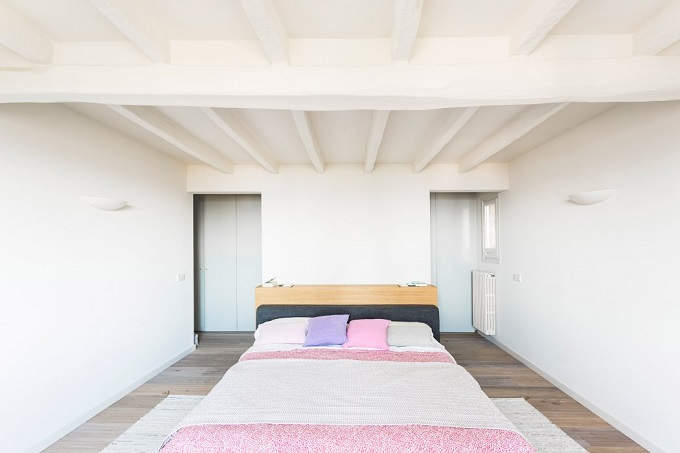 8. House renovation in Girona - Home Renovation in Platja d'Aro by 05 AM Arquitectura