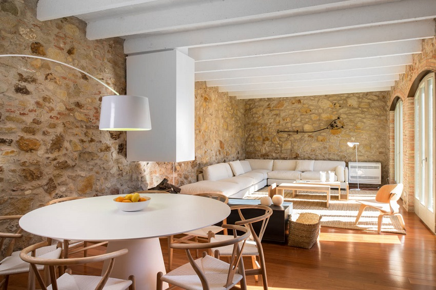 8. House restoration in Girona - Stunning country house renovation by architect Gloria Duran