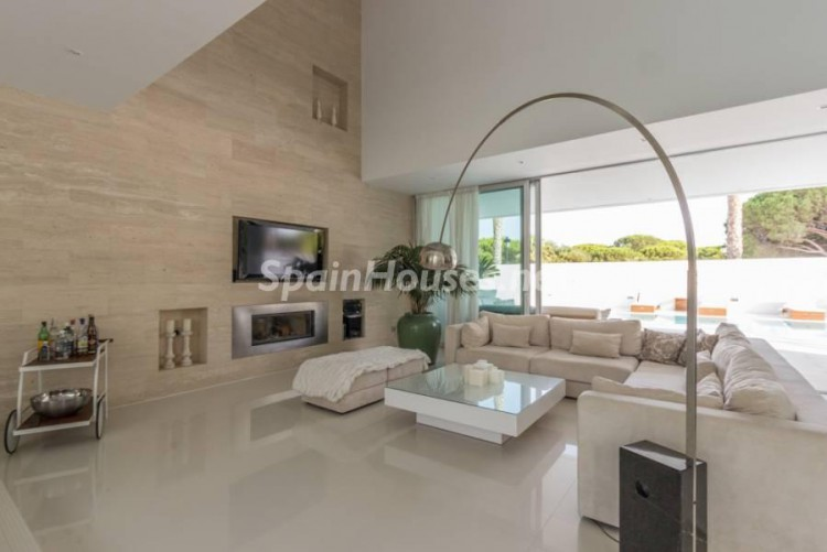 8. Modern style house for sale in Chiclana de la Frontera (Cádiz)