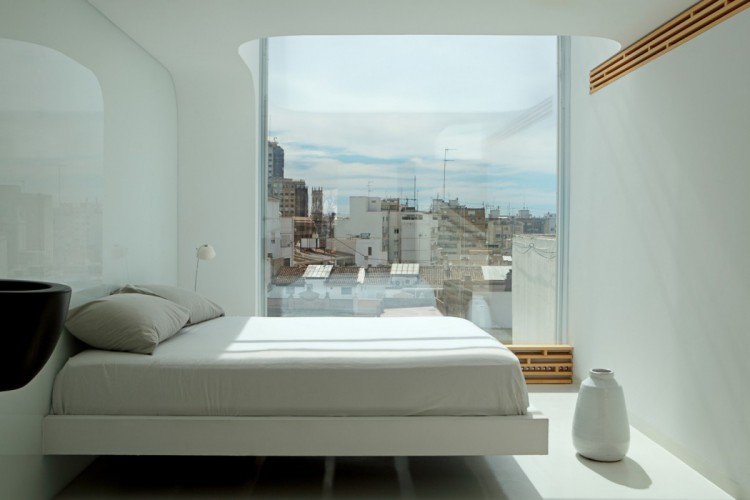 8. Penthouse in Valencia by Josep Ruà