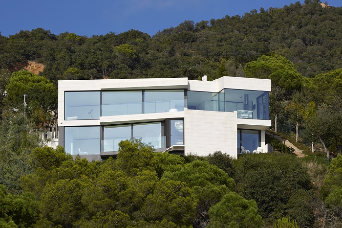 8. Seaside residence in Girona