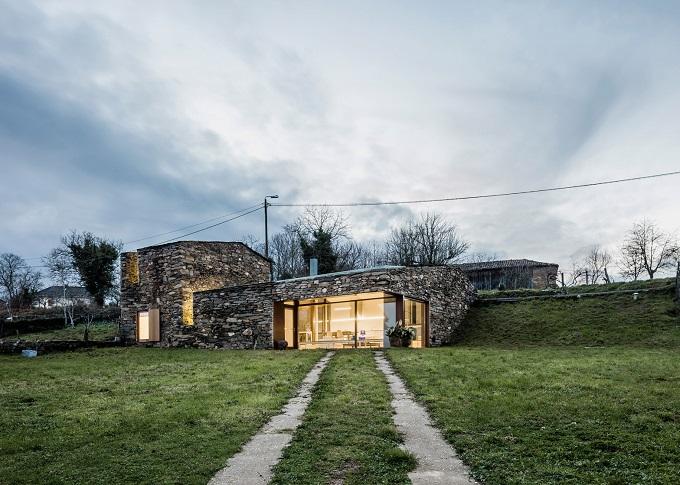 8. Stone wine cellar converted into home in Galicia - Stone wine cellar converted into a home by Cubus Arquitectura