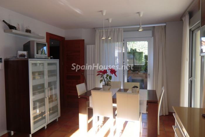 8. Villa for sale in Dénia