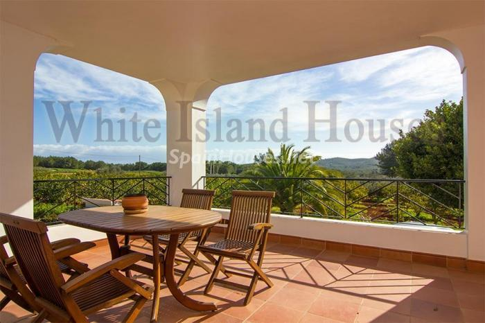 8. Villa for sale in Santa Eulalia del Río