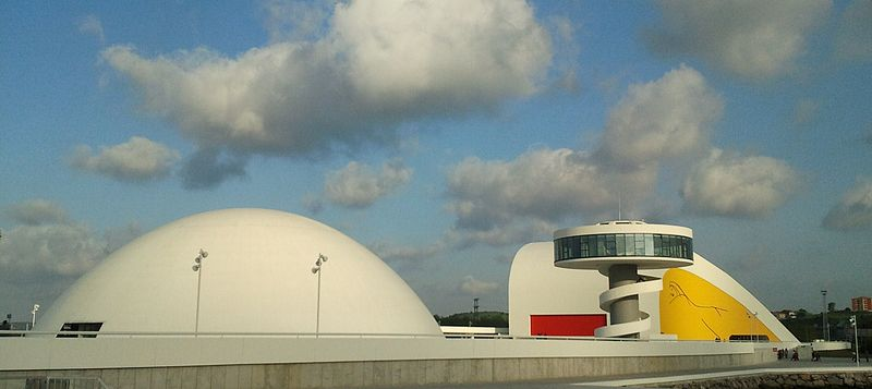 800px CentroNiemeyer72 - Centro Niemeyer, Avilés, Asturias