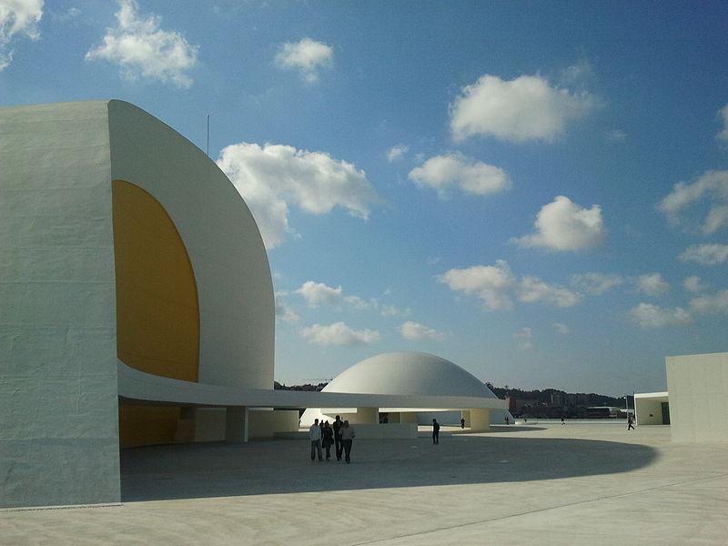 800px CentroNiemeyer92 - Centro Niemeyer, Avilés, Asturias