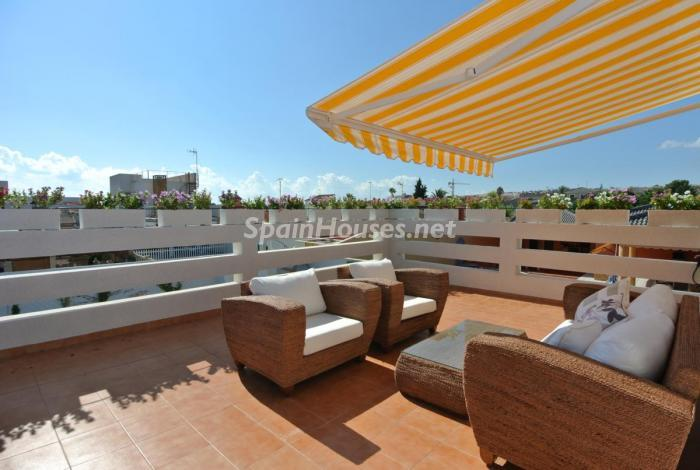 850 - Beautiful Detached Chalet for Sale in Torrevieja (Alicante)