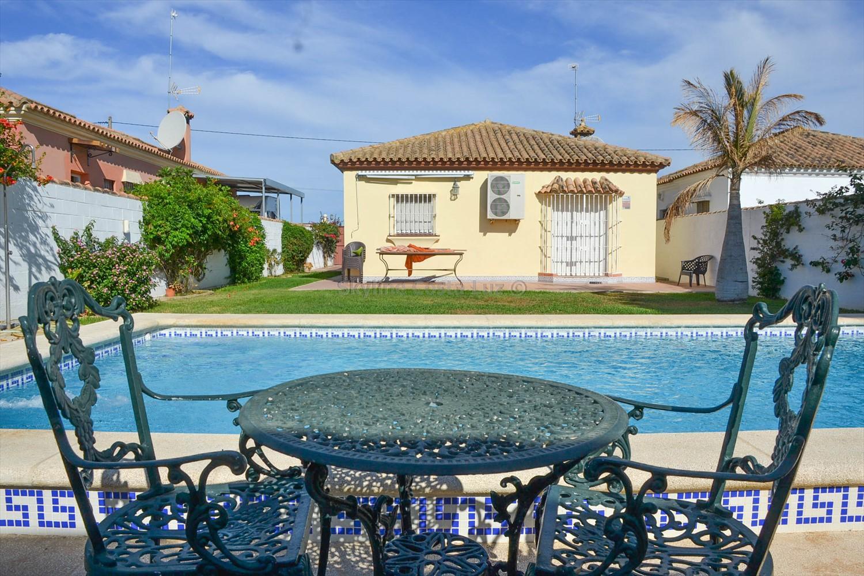 882783 2020664 foto 099571 - Bargain Alert! Houses For Sale Under €200,000