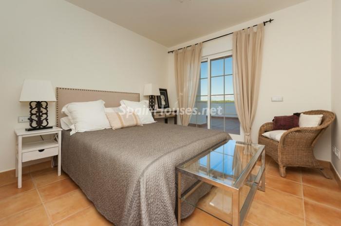 9. Apartment for sale in Alcaidesa - Spectacular Apartment for Sale in Alcaidesa,  Cádiz