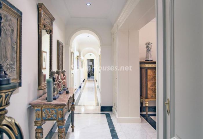 9. Apartment for sale in Salamanca - Luxurious Apartment for Sale in Madrid City
