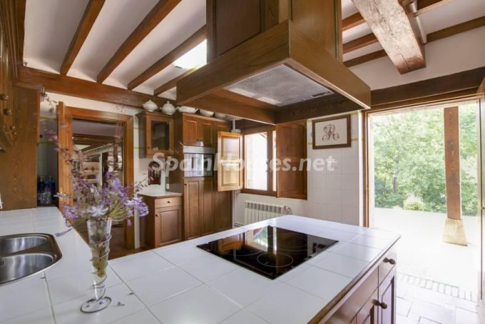 9. Country house for sale in Castañeda, Cantabria
