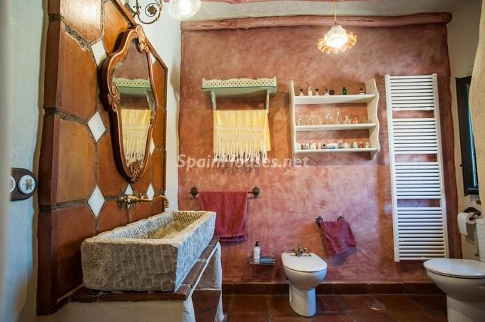 9-estate-for-sale-in-montefrio
