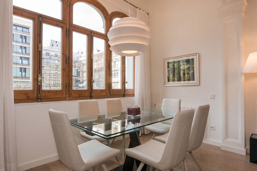 9. Flat for sale in Eixample Barcelona - For sale: Apartment in Eixample, Barcelona city centre