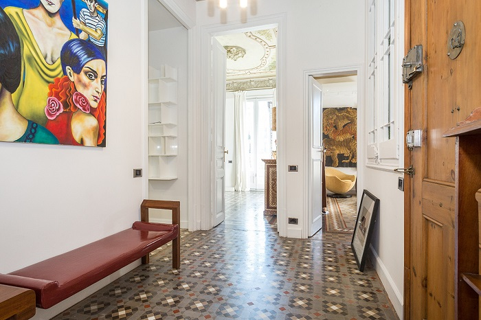 9. Flat in Eixample, Barcelona, by Squad One