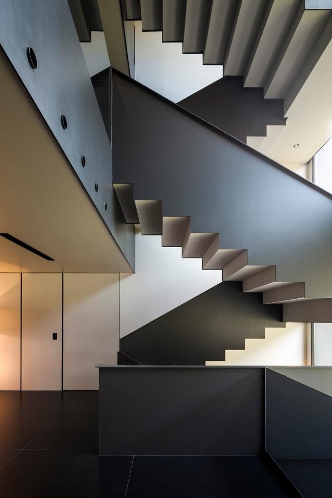 9. House in Barcelona by Francesc Rifé 1 - Contemporary Home in Barcelona by Francesc Rifé Studio