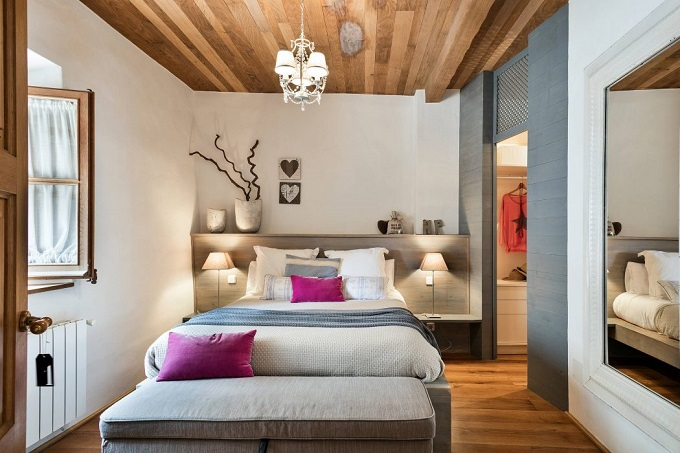 9. House in Girona by Home Deco - Stylish House in Girona designed by Home Deco