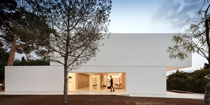 9. House in Paterna by Fran Silvestre Arquitectos - Ultramodern House in Paterna, Valencia, by Fran Silvestre Arquitectos