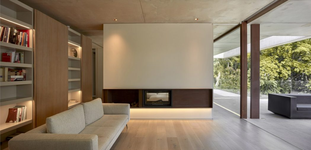9. House in Rocafort by Ramón Esteve - Home in the pine forest of Rocafort by Ramón Esteve