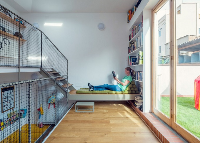 9-house-reno-in-barcelona-by-nook-architects